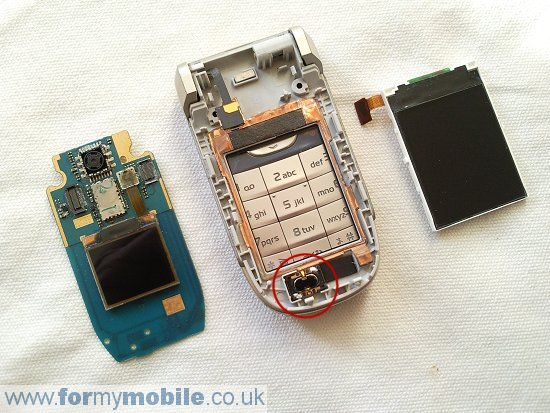Nokia 2760 disassembly stage 7