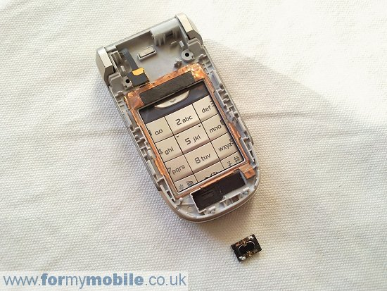 Nokia 2760 disassembly stage 8