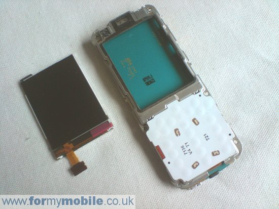 Nokia 6120 Classic disassembly stage 6