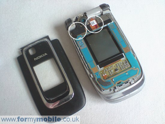 Nokia 6131 disassembly stage 2