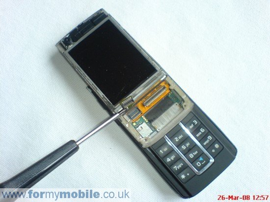 Nokia 6280 disassembly stage 5