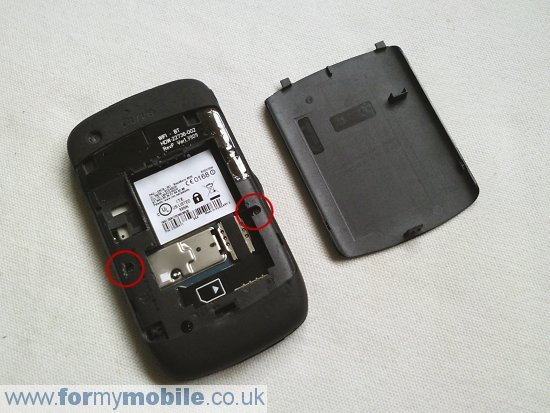 memory card does blackberry curve 9300 take