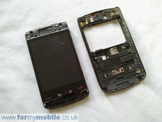BlackBerry Storm2 9550 disassembly stage 6