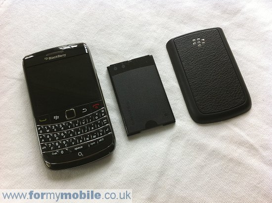 BlackBerry Bold 9700 disassembly stage 1