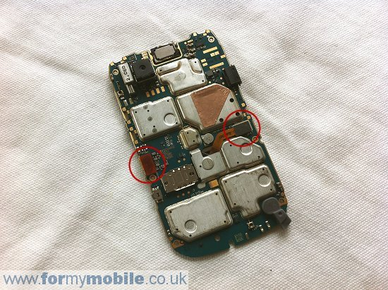 BlackBerry Bold 9700 disassembly stage 11