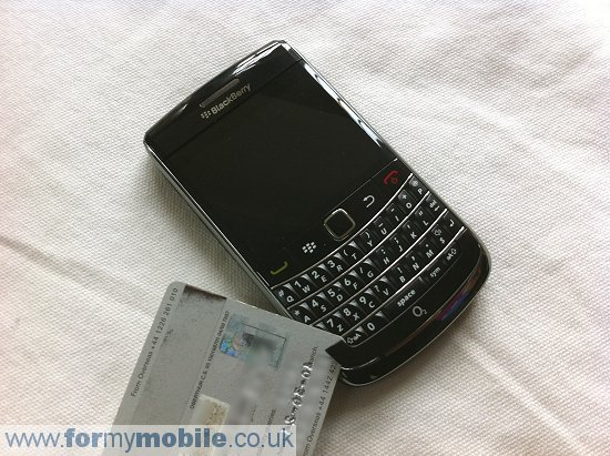 BlackBerry Bold 9700 disassembly stage 2