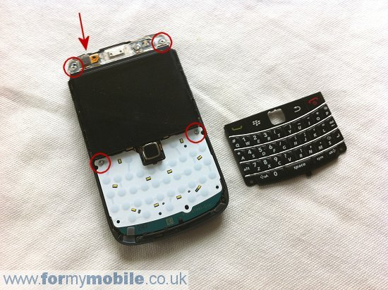 BlackBerry Bold 9700 disassembly stage 8