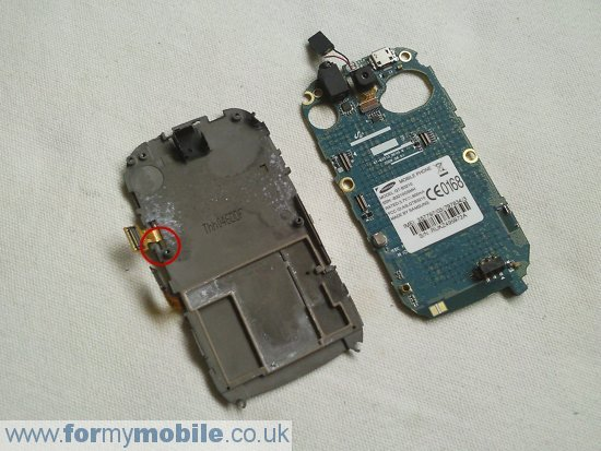 Samsung B3210 Genio QWERTY disassembly stage 8