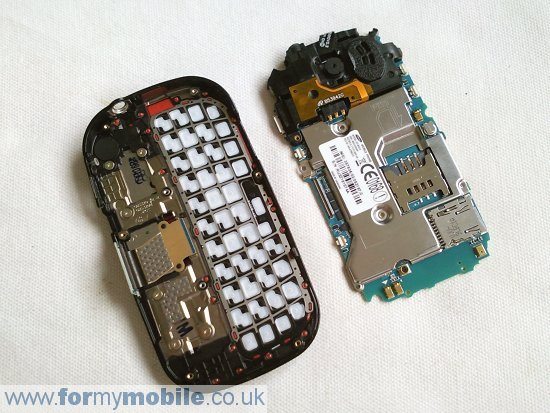 Samsung Genio Slide B5310 disassembly stage 4