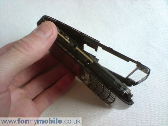 BlackBerry 8800 disassembly stage 4