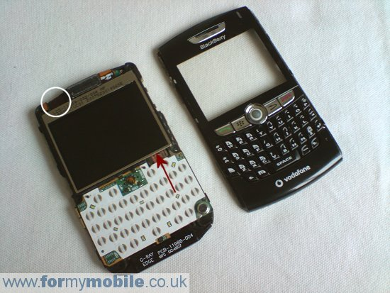BlackBerry 8800 disassembly stage 6