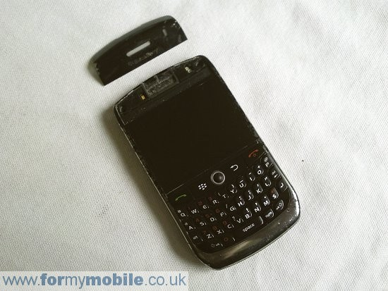 BlackBerry Curve 8900 disassembly stage 2