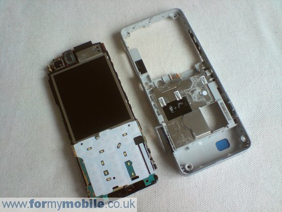 Sony Ericsson C510 disassembly stage 7