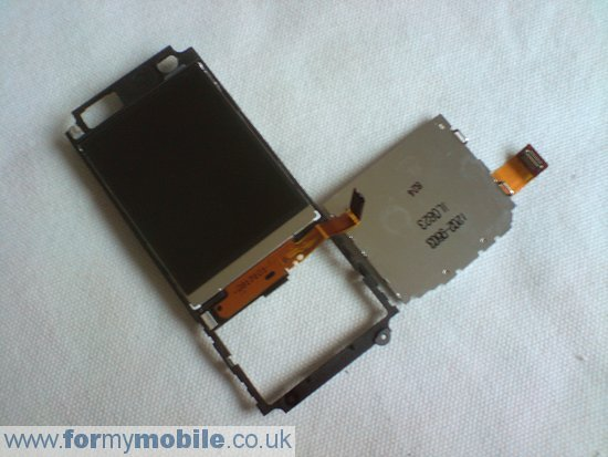 Sony Ericsson C702 disassembly stage 16