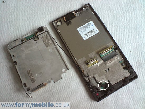 HTC Touch Diamond disassembly stage 6