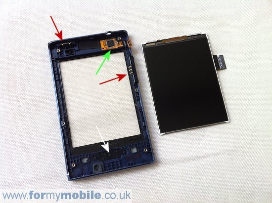 LG Optimus L3 E400 disassembly stage 9