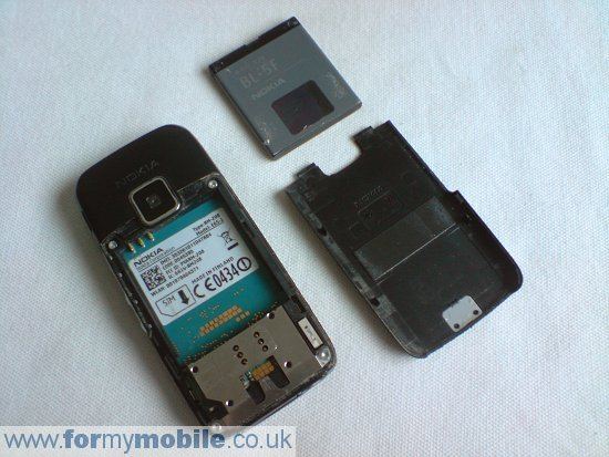 Nokia E65 disassembly stage 1