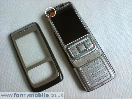 Nokia E65 disassembly stage 2