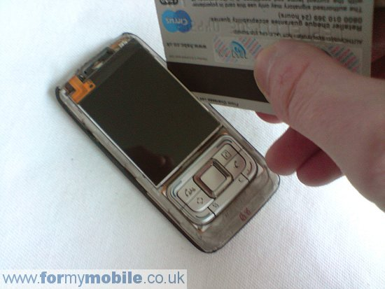 Nokia E65 disassembly stage 3