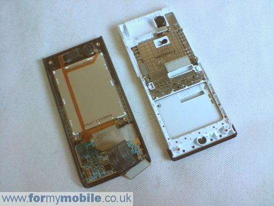Samsung MiCoach F110 disassembly stage 9