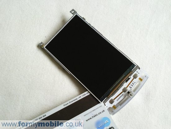 Samsung H1 GT-i8320 (Vodafone 360) disassembly stage 11