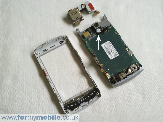 Samsung H1 GT-i8320 (Vodafone 360) disassembly stage 6