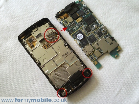 Samsung i8910 Omnia HD disassembly stage 6
