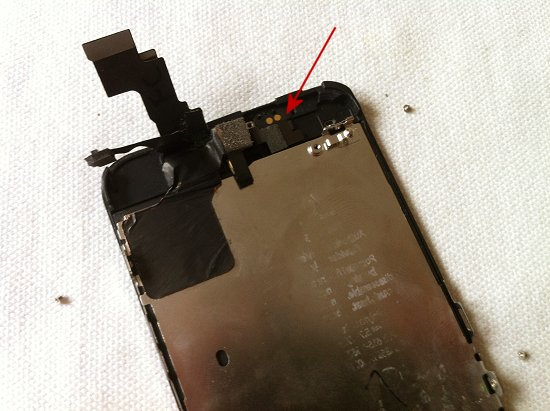 iPhone 5C disassembly stage 15