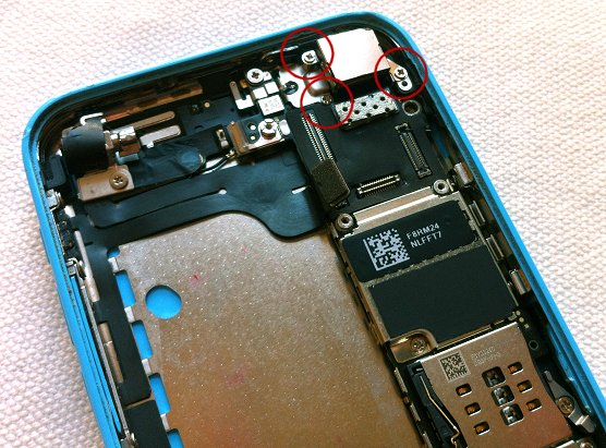 iPhone 5C disassembly stage 23