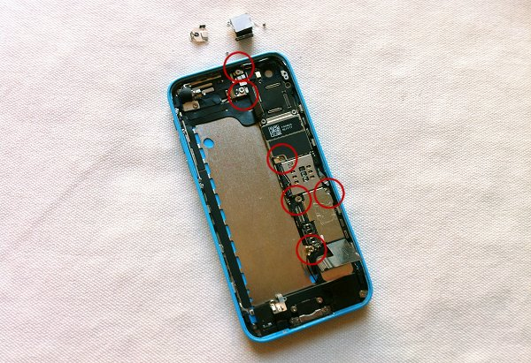 iPhone 5C disassembly stage 24
