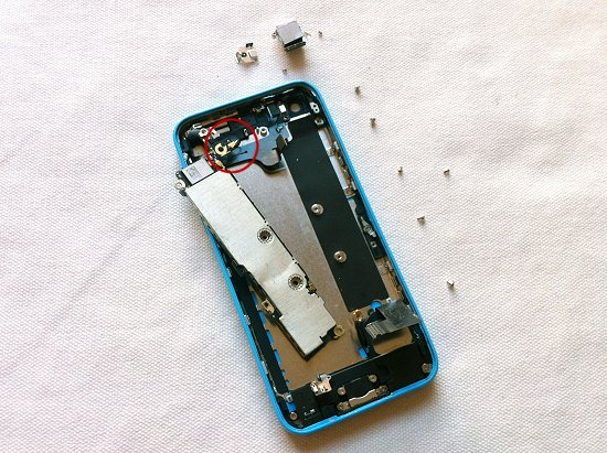 iPhone 5C disassembly stage 26