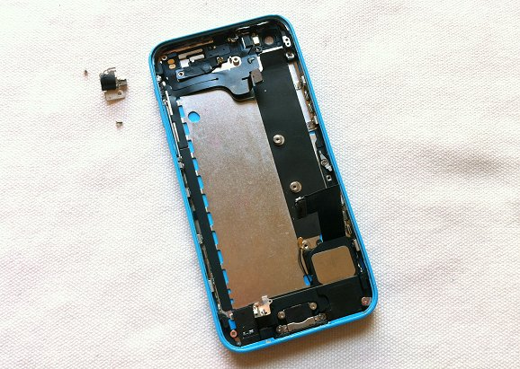 iPhone 5C disassembly stage 29
