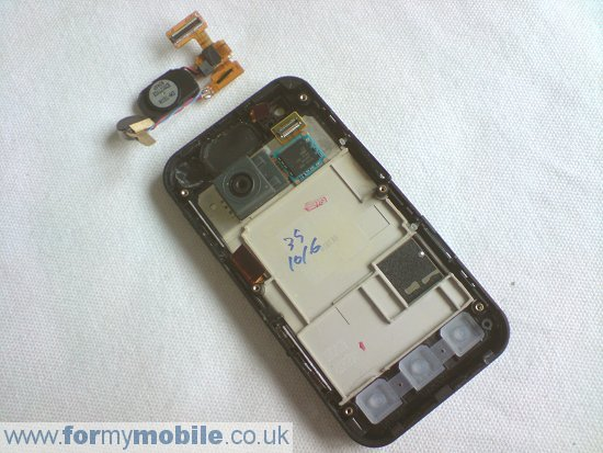 LG KC910 Renoir disassembly stage 7