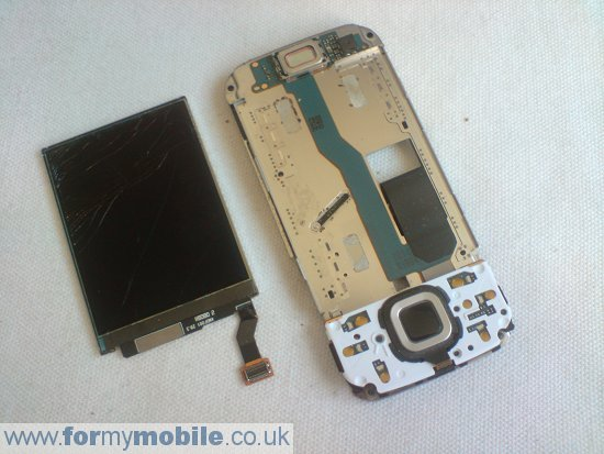 Nokia N85 disassembly stage 9