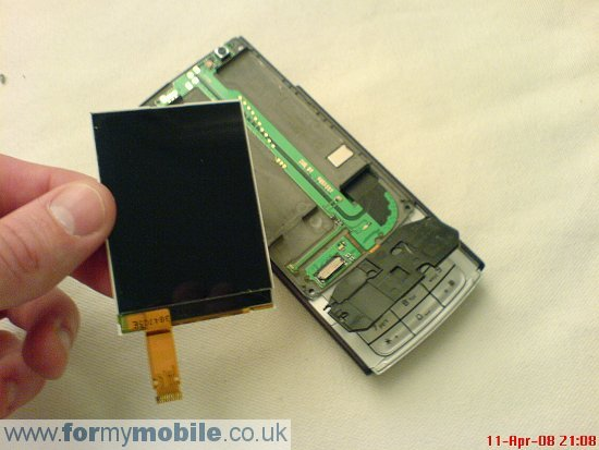 Nokia N95 disassembly stage 8