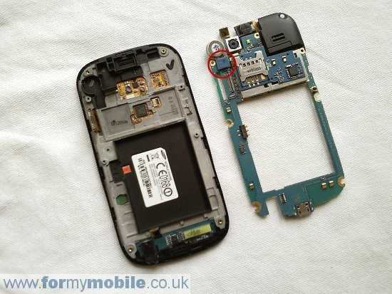 Samsung Nexus S i9020 disassembly stage 4