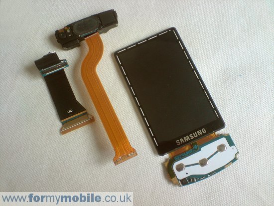 Samsung Tocco Ultra S8300 disassembly stage 11