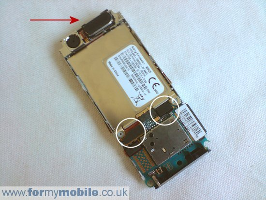 Sony Ericsson W302 disassembly stage 5