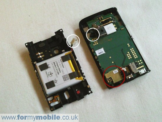 Sony Ericsson X10 Mini disassembly stage 5