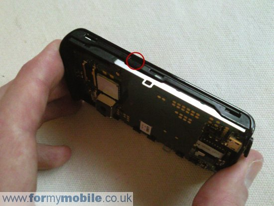 Sony Ericsson X10 Mini disassembly stage 6